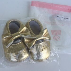 Other - 🎄NWT🎄Baby Moccasins